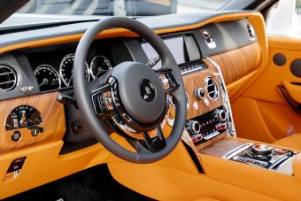 Rolls_Royce_Cullinan_9