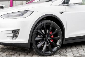 Tesla_ModelS_5